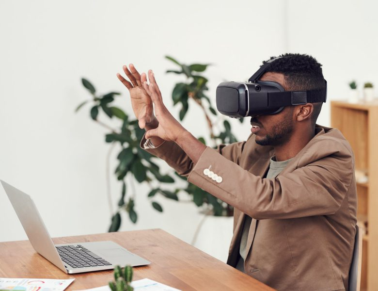 The Effect of Virtual Reality on Everyday Design Trends